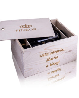 Darčekový drevený box s venovaním (Veľa zdravia, šťastia a lásky) na 6 fľiaš vína, box obsahuje logo rodinného vinárstva Vinkor