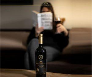 Červené víno Frankovka modrá 2018 - Privilegovaný nápoj kráľovských dvorov - Vinárstvo Vinkor Malé Karpaty